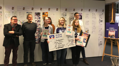 Preisverleihung des Comic-Wettbewerbs.  Das Gymnasium Kaki holt den 1. und 3. Platz.